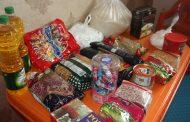 اهدا بسته های ارزاق به مناسبت سال جدید